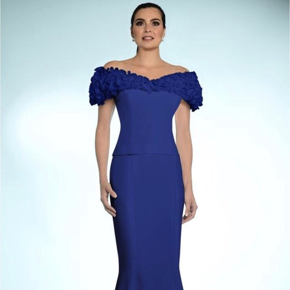 45af539382a300 Daymor Couture Dresses | Evening Gown Size 18 | Poshmark
